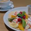 カフェ スティロ - 料理写真:フルーツのパンケーキ・コーヒー【2015年6月】