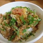 カクルル - ランチC:豚の梅しそ丼、サラダ、アイスコーヒー1