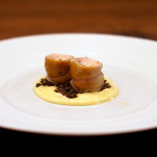 Variante - 料理写真:兎のポルケッタ仕立て 軽いポレンタと兎レバーのアグロドルチェ
