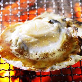 【帆立】貝ごと焼いた旨みたっぷり新鮮ホタテ