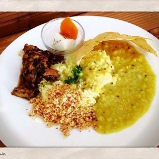 スリランカの料理を楽しんでください。