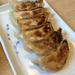 春川 - 料理写真:餃子
