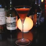バー キサラ - Hennessy Cognac と Martini Vermouth のカクテル (2015/06)