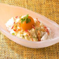 【ポテトサラダ】氷結熟成卵黄のせポテトサラダ♪