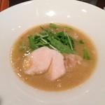 うさぎ食堂 - 鶏白湯醤油ラーメン850円
