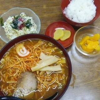 ラーメンハウス元気屋 - 料理写真:Dセットプラス300円