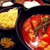 お食事処 藤吉楼 - 料理写真:豆腐チゲ鍋セットとおいしいごはん。