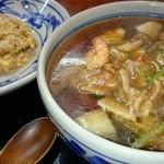 知味笑龍 深澤ラーメン - 料理写真:ミニチャーハンに広東麺