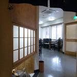そば処 七福神小路 - 店内/テーブル席