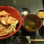 漁屋 - 豪快な天丼 通常800円(ランパス500円)