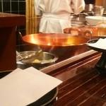 天源・天ぷら専門店 - ★ピカピカに手入れされた器具と透明で鮮度の良い油