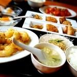 中華料理香満堂 - エビマヨ定食