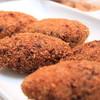 デリアンドカフェ グラニーズ - 料理写真:人気のメンチカツ 市販のメンチカツとは大違い!キャベツたっぷり、ジューシーでサクサク!