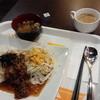 カフェ1-2-3 - 料理写真:ワンコインランチ(焼牛肉プレートランチ、味噌汁つき