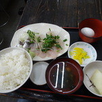 ゆうき食堂 - 刺身2点盛り定食 1,100円