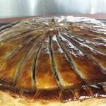 レストラン ラ フィネス - 本日のメインは福知山由良川の30匹の鮎と150gの黒トリュフの気狂いのパイ