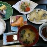丸喜寿司 - 丸喜日替り定食B