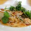 エストルト - 料理写真:しらすとルッコラトマトのパスタ