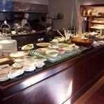 39855945 - 30種類のホテルメイドの料理が食べ放題です