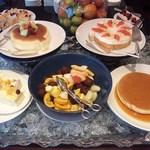 ハイアット リージェンシー 福岡 レストラン ル・カフェ - デザートコーナー