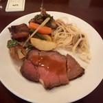 ハイアット リージェンシー 福岡 レストラン ル・カフェ - 1皿目 どの料理も美味しいです