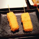 ごきげん - ラクレットチーズ串