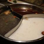 39931787 - 「3種類のスープ」です。