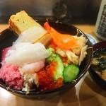 宇多美寿司 - ちらし寿司¥1,000円