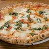 カンテラ - 料理写真:マルゲリータ(水牛モッツァレラ使用)トマトソース、モッツァレッラ、バジル