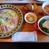 風見鶏 - 料理写真:【ランチセット 1050円】 (スープ・メイン料理・サラダ・ピクルス・ドリンク・プチデザート付き)