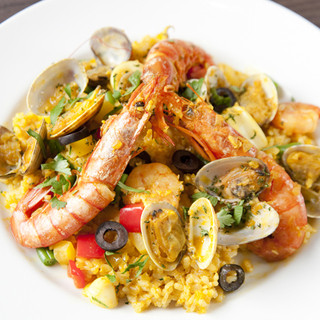 新鮮な魚介料理を中心にお料理こだわっております!