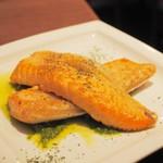 びすとろUOKIN - サーモンハラスのソテー わさび風味のヴェルデソース
