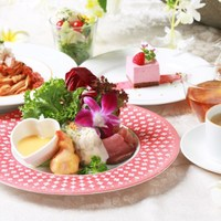 【ランチタイム限定・料理8品・選べるメイン料理】リゾートランチコース