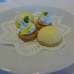 39999327 - ランチ アミューズ                       2種類のチーズクリーム