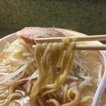 ラーメン二郎 - 麺半分