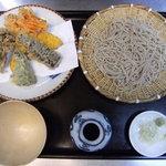 寿々喜そば - 料理写真:野菜天せいろ ¥1000