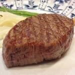 40075357 - 丁寧に火入れされた肉