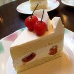 セ・ラ・セゾン - チェリーのショートケーキ