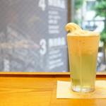 カフェアンドミール ムジ - クリームソーダ (ワンサイズ) (¥550)