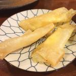 やきとん すずき - 春巻きのチーズ巻き