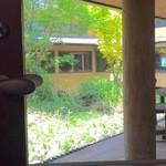 グルービー - 中庭のあるゆったり空間
