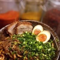 ランチタイムは、『汁なしカレーそば』一本勝負!!!!