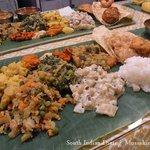南印度ダイニング ポンディバワン - 料理写真:ベジミールス 要予約
