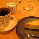 元町珈琲店 - コーヒーとチーズケーキ