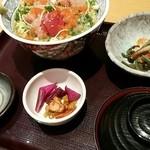40216470 - 週替定食 海鮮ばくだん丼