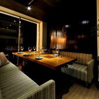 ◆ボックスソファー席で広々。大人のエグゼクティブ空間です。