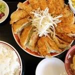 小白 - 餃子定食