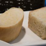 チェーロ - 南瓜のパン、ローズマリーのフォカッチャ