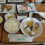 ヤマサ食堂 - 料理写真:料理全体