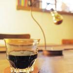 ねじまき雲(陽) - ドリンク写真:水出しコーヒー(常温)はコクと香りがスゴイ☆
